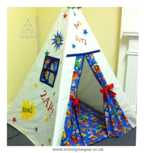 Childrens personalised comoc superhero teepee